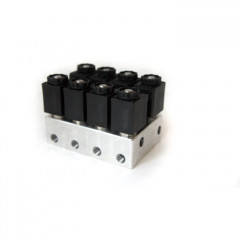 Блок клапанов для пневмоподвески 4 контура